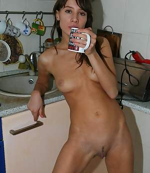 Ex Gf Box -  - This naked hottie can make you some tea